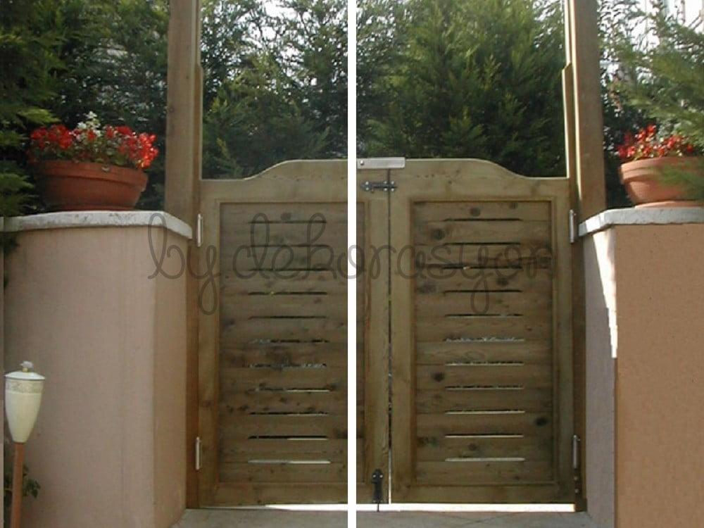 Klasik Ahşap Bahçe Kapısı