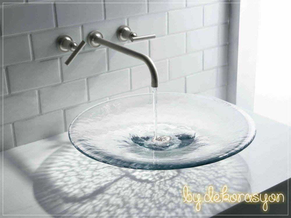 Yaslı cam lavabo